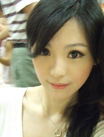 台湾美女主播吴依洁