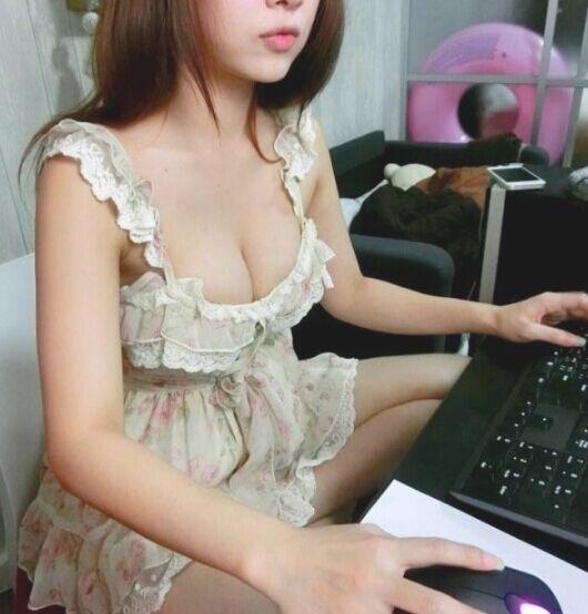 海外网站女主播虎牙妹